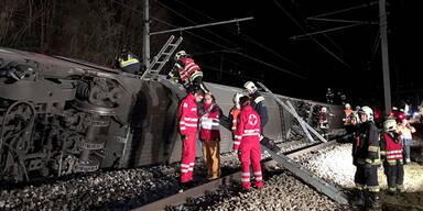 Zugsunglück bei Wien: 12 Verletzte