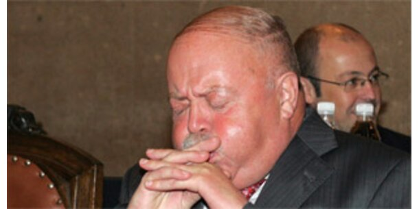 Ex-BAWAG-Chef Zwettler bekennt sich teils schuldig