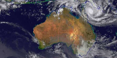 Zyklon rast auf Australien zu